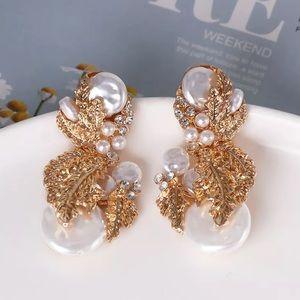 Zara Gold Rhinestone Pearl Earrings